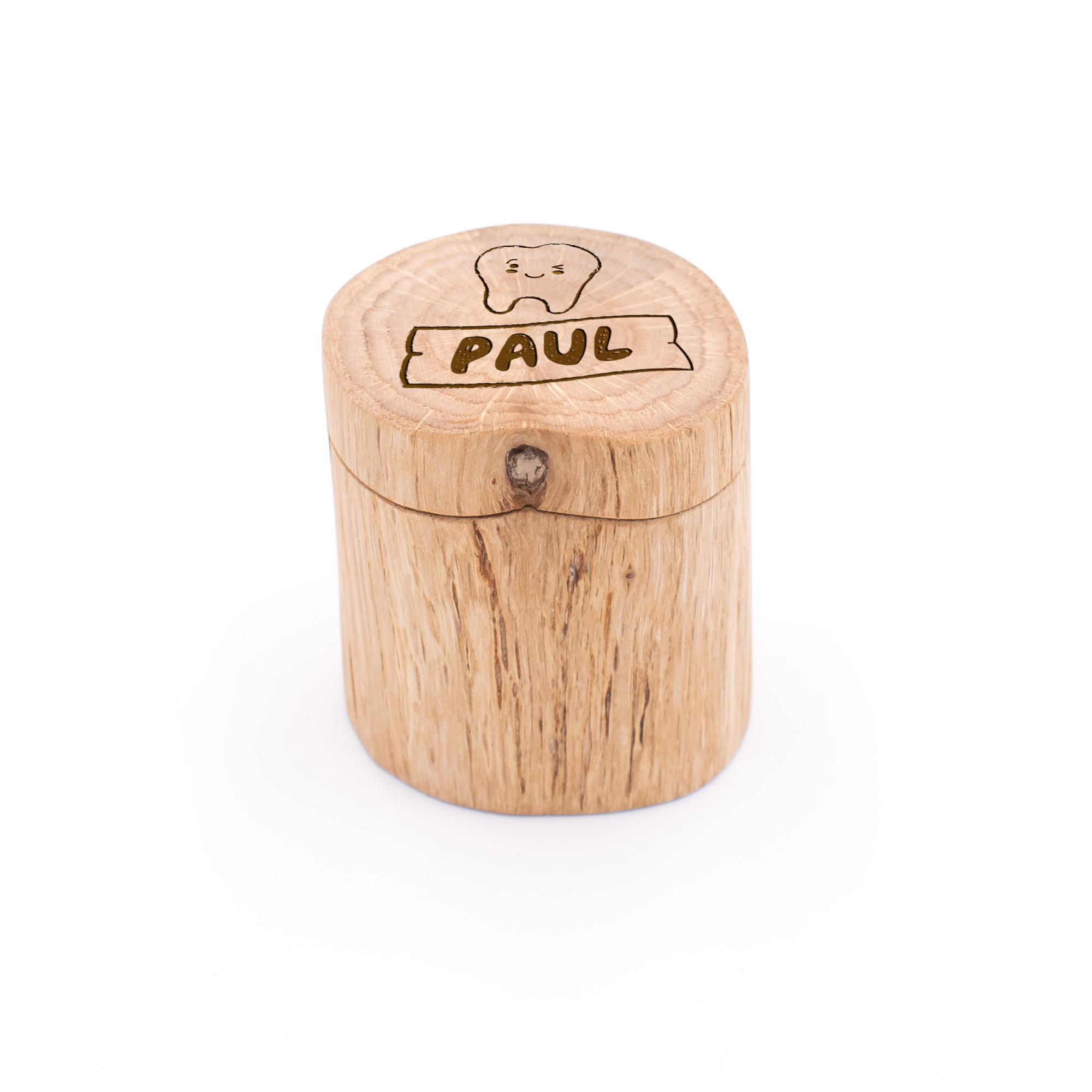 Milchzahndose aus Holz mit Namen und süßem Zahn graviert