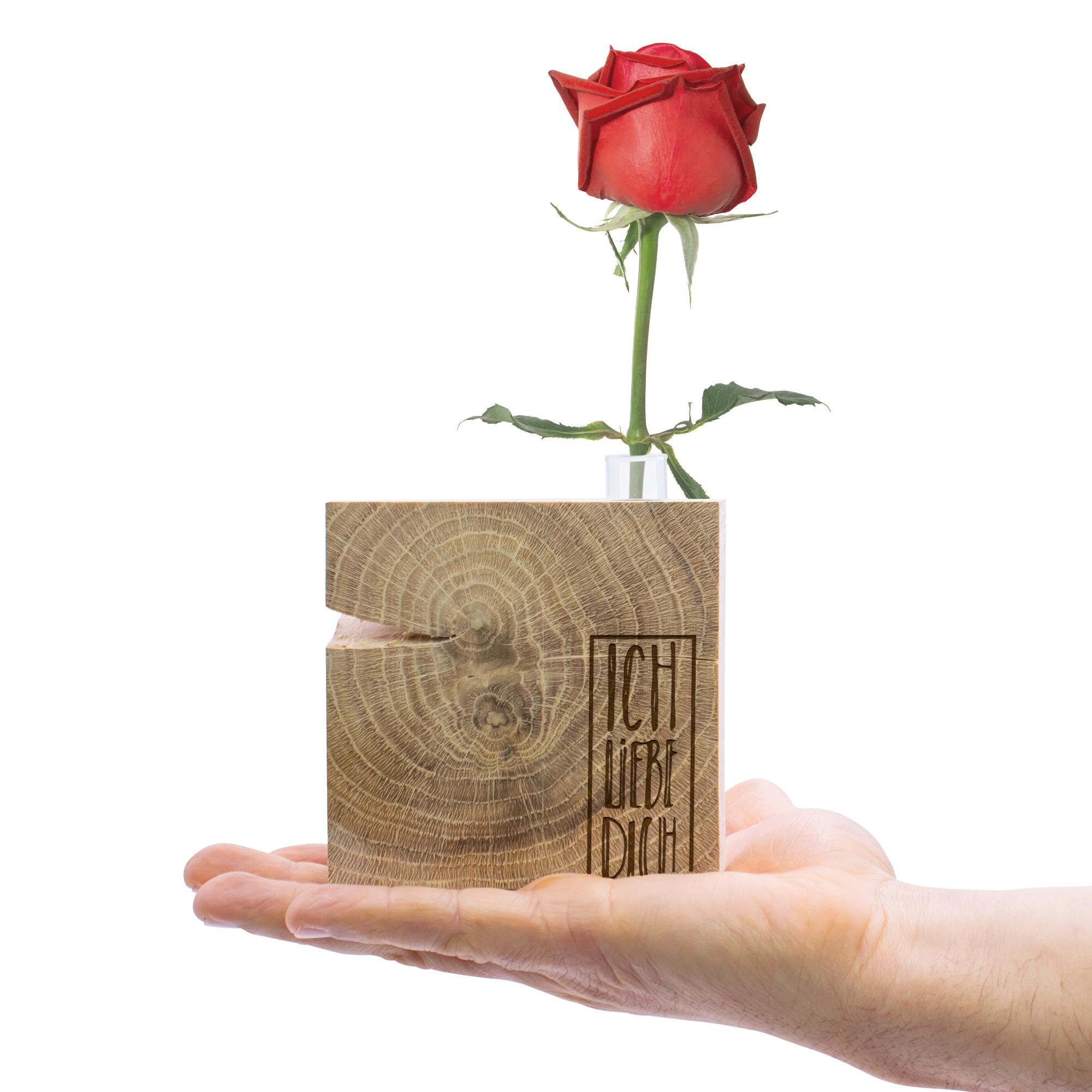"""dekorativer Holzquader aus Eiche als Geschenk für Sie mit Schriftzug """"Ich liebe dich"""" graviert und kleiner Vase eingelassen"""